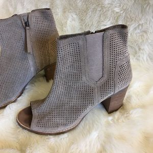 Toms Majorca Suede Taupe Booties